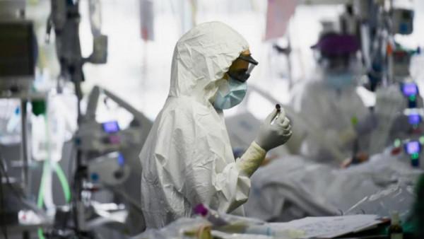 الخارجية: 169 حالة وفاة بفيروس (كورونا) و3342 إصابة بين الجاليات الفلسطينية بالخارج