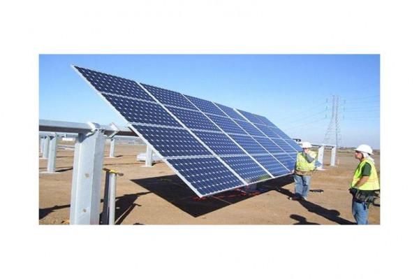 هشام العمري يُطلع البنك الدولي على الخطة الخمسية ويبحث التعاون بمجال الطاقة الشمسية