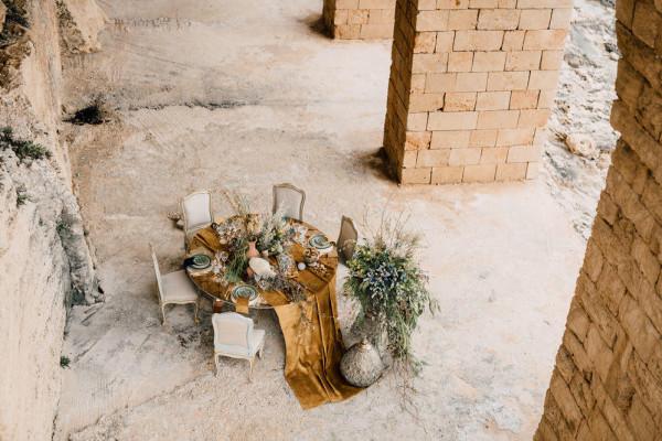 وداعاً للحفلات الكبيرة.. نصائح تنظيم حفل زفاف صغير