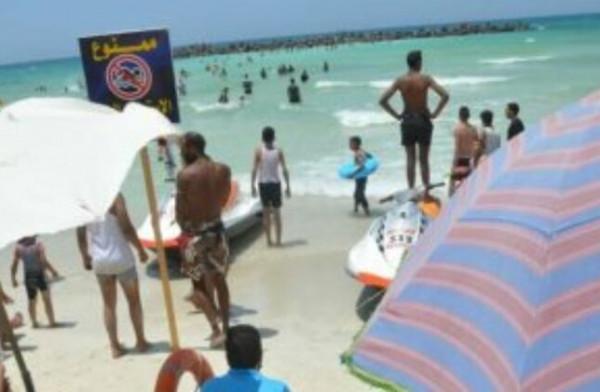 """حاولوا إنقاذ طفل.. غرق 11 شخصاً في """"شاطئ الموت"""" بالاسكندرية"""