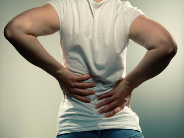 تعاني من الانزلاق الغضروفي؟.. خمسة تمارين قد تساعدك