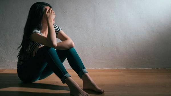 الانسحاب أو فرصة أخرى؟ ثلاث نصائح تساعدك في اتخاذ القرار بخصوص زوجك الخائن