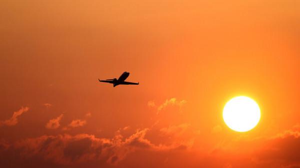 مصر للطيران تُعلن عن شروط إلزامية لسفر المواطنين إلى الإمارات
