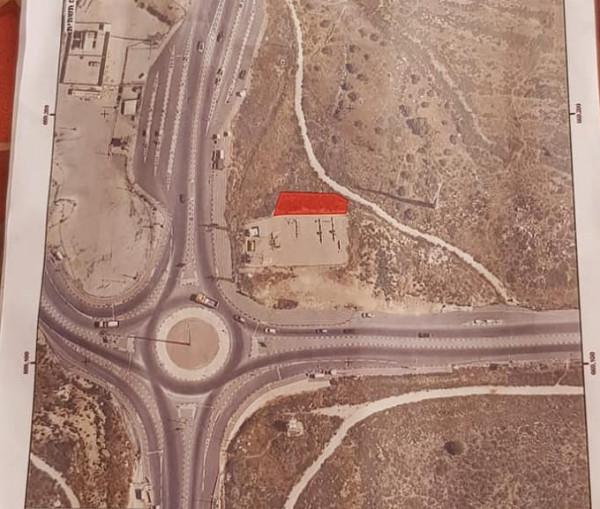 قوات الاحتلال تخطر بالاستيلاء على قطعة أرض في سلفيت
