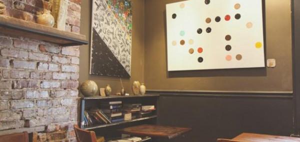 طرق بسيطة وغير مكلفة لإخفاء تشوهات حائط منزلك