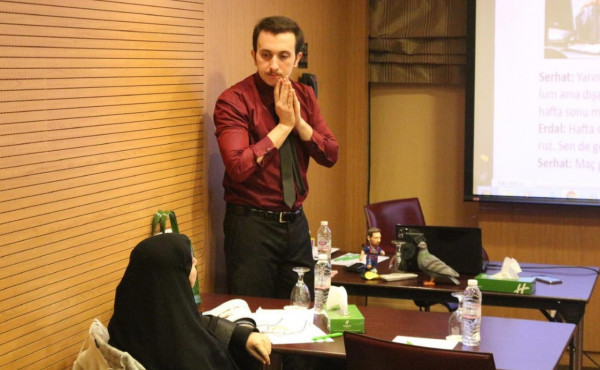 معهد لغتي بالكويت يوضح أساسيات تعلم اللغات الأجنبية