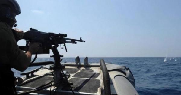 موقع إسرائيلي: سلاح البحرية يركب نظاماً مطوراً ضد تسلل المراكب والسباحين من القطاع