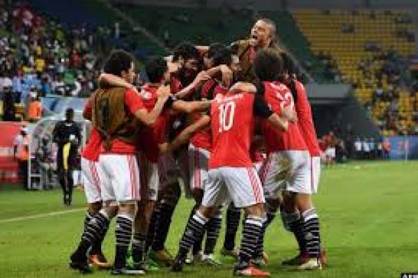 لاعب منتخب مصر السابق يعلن إصابته بفيروس (كورونا)