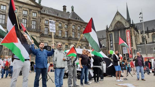 وقفة تضامنية مع الشعب الفلسطيني في مدينة خرونغن الهولندية