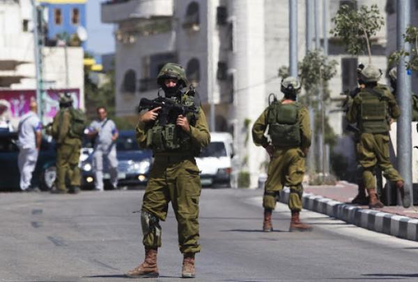 قوات الاحتلال تقتحم بلدة كفر عقب ومخيم قلنديا شمال القدس
