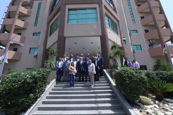 مجلس أمناء جامعة فلسطين يفتتح الجلسة الأولى للمجلس بعد تنصيب الغفري