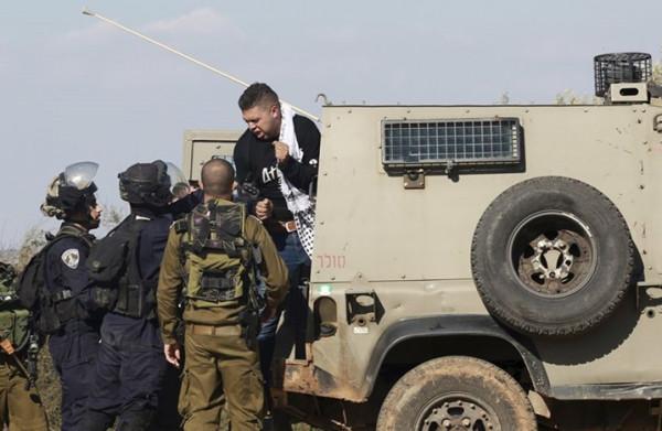 بينهم أسرى محررون.. الاحتلال يشن حملة اعتقالات في الضفة