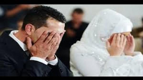 عريس ينهار فجأة وينفجر بالبكاء أمام عروسه في ليلة الدخلة لسبب صادم