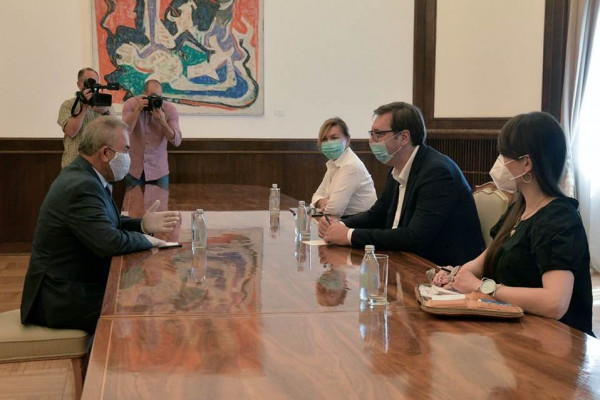 رئيس صربيا يؤكد على موقف بلاده الداعم لتوجه القيادة الفلسطينية