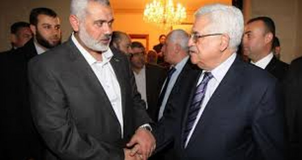 حماس تُعلق على المطالبات الأمريكية بفرض عقوبات على الرئيس عباس