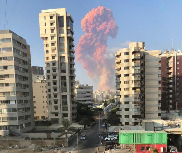 قناة إسرائيلية تضع خيارين لتأثير كارثة مرفأة بيروت ورد (حزب الله)