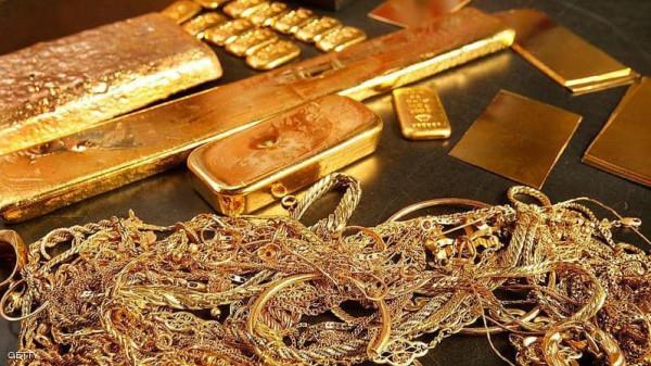 الذهب يُواصل صعوده القياسي التاريخي ليكسر حاجز 2000 دولار للمرة الثانية