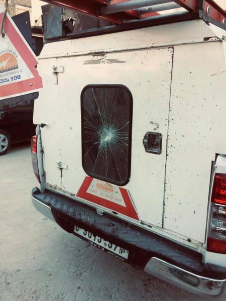 كهرباء القدس تستنكر تعرض موظفيها للاعتداء في بيت جالا