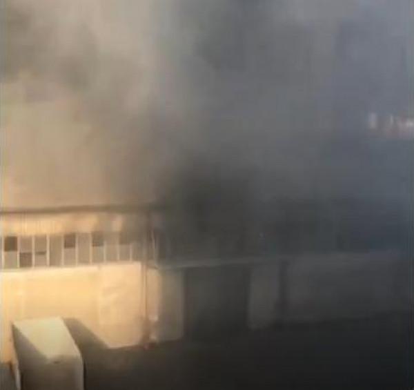 شاهد: تضرر عائلة إثر تصويرها لحظة انفجار مرفأ بيروت