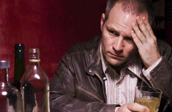 أطعمة ومشروبات تؤثر سلبًا على حياتك الجنسية.. تجنبها