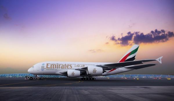 طيران الإمارات تعيد تشغيل A380 إلى تورنتو 16 أغسطس