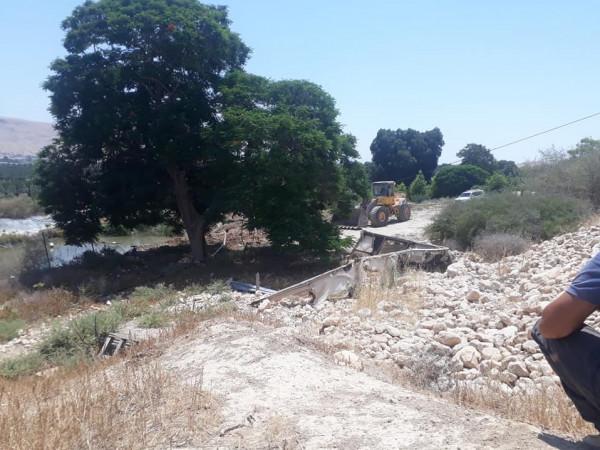الاحتلال يردم ثلاث برك مياه زراعية في الجفتلك بأريحا