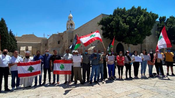 وقفة تضامنية مع الشعب اللبناني في ساحة المهد في بيت لحم