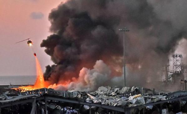 شاهد: إهانة وزيرة لبنانية وطردها بسبب انفجار مرفأ بيروت