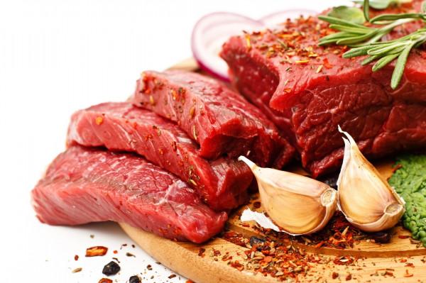تعرفي على كيفية تخزين اللحوم بطرق تقيكِ التسمم الغذائي