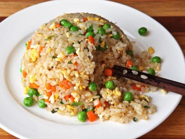 باحثون بريطانيون: تناول الكثير من الأرز مع وجباتك قد يكون قاتلًا