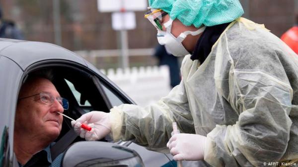 ألمانيا تُسجل انخفاضاً بمعدل الإصابات اليومية بفيروس (كورونا)