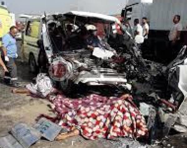 مصر: مصرع ثمانية أشخاص بحادث سير مروع في بنها