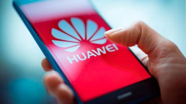 آثار الحظر الأميركي تبدأ الظهور على هواتف هواوي