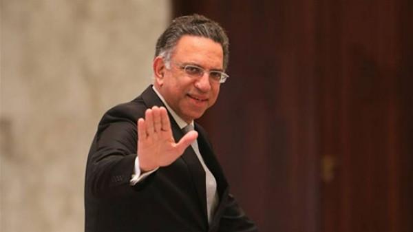 الثاني خلال اليوم.. استقالة وزير البيئة اللبناني من منصبه