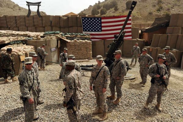 الولايات المتحدة الأمريكية تعتزم خفض قواتها في أفغانستان