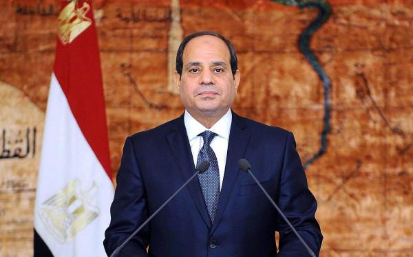 السيسي يدعو اللبنانيين للتكاتف والنأي بوطنهم عن التجاذبات والصراعات الإقليمية