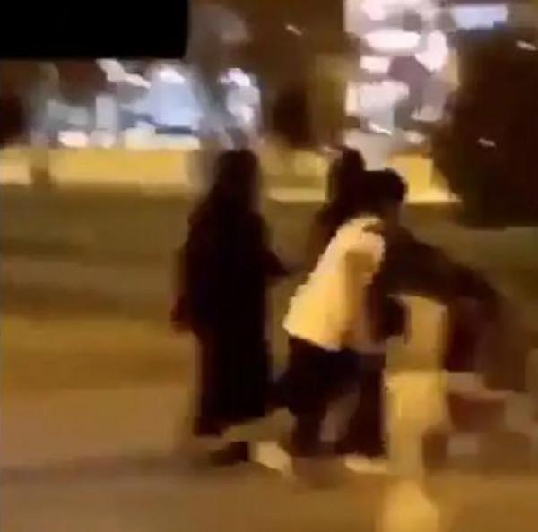 شاهد: تحرش بامرأة يثير الجدل في السعودية
