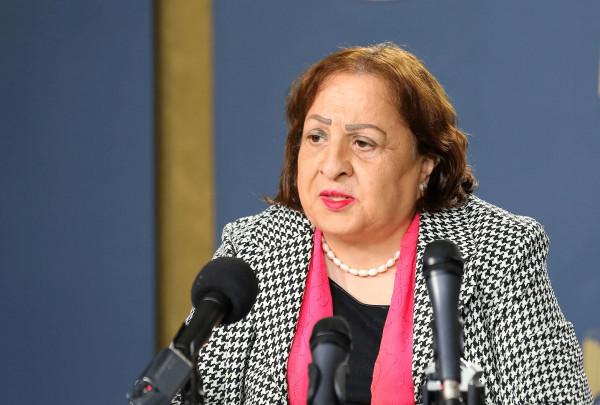 وزيرة الصحة تُعلّق على اعتداء مواطنين على مستشفى دورا الحكومي