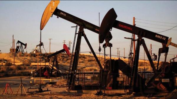 (كورونا) تُخفّض أسعار النفط