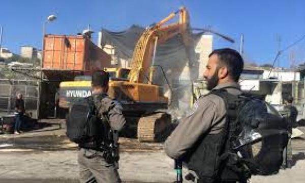 الاحتلال يشن حملة هدم وتجريف لأراضٍ في القدس