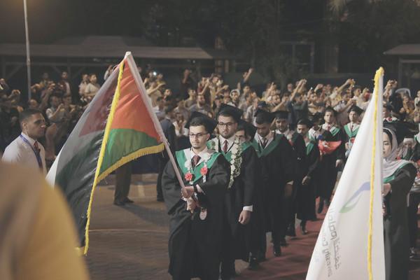 الكلية الجامعية تخرج دفعة من طلبة قسم الدراسات الإنسانية والإعلام والعلوم التربوية