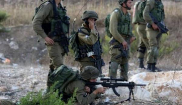 الاحتلال يصيب شابا بالرصاص ويعتقله في قرية المدية غرب رام الله