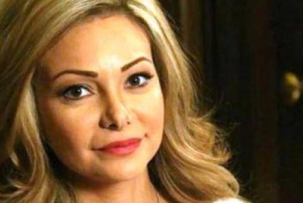 هل أصيبت نادين تحسين بيك ووالدها بفيروس (كورونا)؟