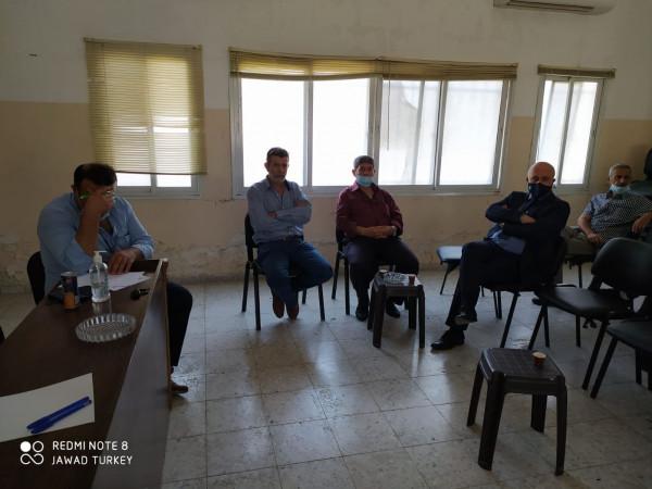 فعاليات طولكرم تدعم موقف القيادة وتطالب بإنهاء أزمة موظفي جمعية الهلال الأحمر