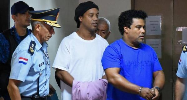 رسميًا.. إطلاق سراح رونالدينيو