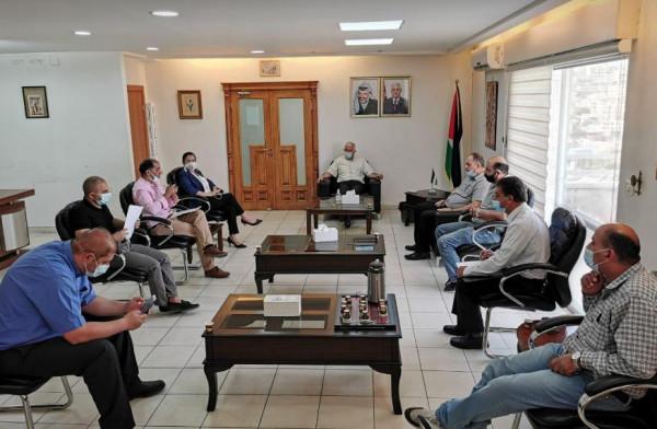 حميد يبحث مع وفد من التعليم ونقابة الموظفين أزمة جامعة بيت لحم