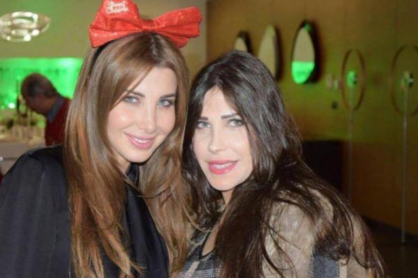 شاهد: نادين عجرم تخطف الأنظار من شقيقتها نانسي بإطلاله جريئة