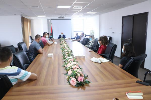وزير الزراعة يلتقي عدداً من ممثلي التعاونيات الشبابية الزراعية
