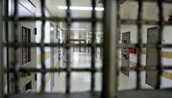 الأسرى القاصرون في سجن (الدامون) يعانون أوضاعًا سيئة