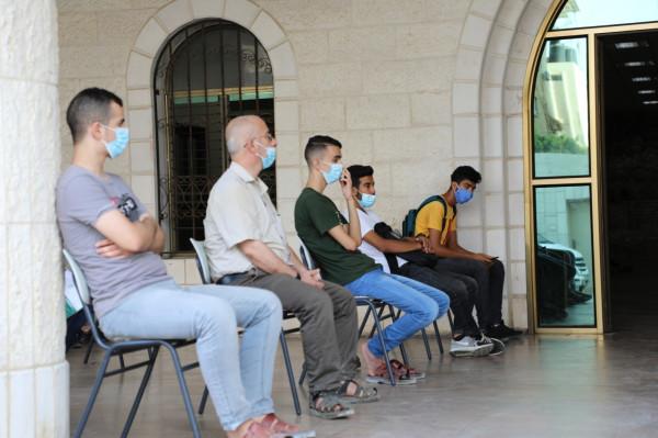 وزارة التعليم بغزة تستأنف تقديم الخدمة للجمهور في مجال المنح وتصديقات الشهادات